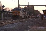 CSX 5389, 5277 on X174 baretable train